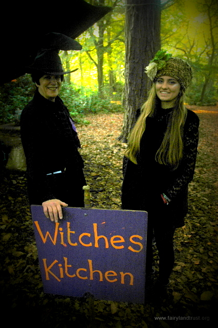 witches kitchens crew and sign