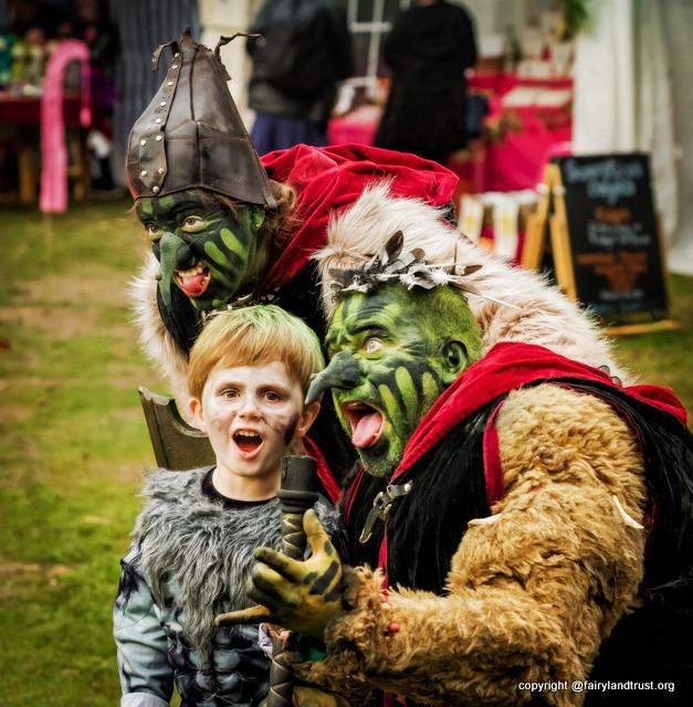 09-trolls-the-real-halloween-2016-1
